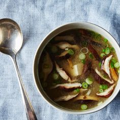 How to Make Miso Soup at Home on Food52 1.Here's how to make basic miso soup, with whatever add-ins you like, without a recipe:  1. Make your stock. The most common route is traditional dashi made with kombu (dried seaweed) and bonito flakes (dried tuna) -- make it and you'll essentially be reconstituting an ocean, leeching these ingredients of their umami and salt.