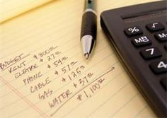 Budgeting is important for relieve financial stress and saving money. Here are three basic tips to creating and keeping a strong budget. Financial Peace, Financial Tips, Budgeting Finances, Budgeting Tips, Ways To Save Money, Money Tips, Holiday Stress, Money Saving Mom, Making A Budget