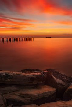 Vibrant Skies Photo by Tomasz Huczek — National Geographic Your Shot Beautiful Sky, Beautiful Pictures, Amazing Photography, Photography Tips, Sky Photos, National Geographic Photos, Your Shot, Cinematography, Sunrise