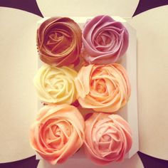 Petal cupcakes so pretty!