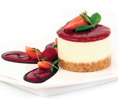 Strawberry and Champagne Cheesecake x 16, £48.00