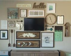 Love all the things and colonies; too much on one wall though Living Room Decor, Bedroom Decor, Bedroom Tv, Decor Room, Deco Champetre, Interior Decorating, Interior Design, Decorating Ideas, Home And Deco