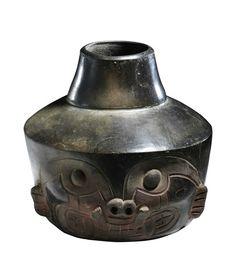 """Vaso con volto di felino, Cultura Chavin de Huantar, fase """"Rocas"""" - Perù 1200 - 400 a.c. Venezia, Collezione Ligabue."""