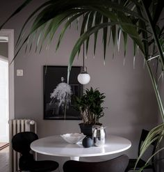 Home in grey with dark accents - via Coco Lapine Design blog