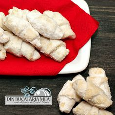 From My Kitchen: Horn young Romanian Desserts, Romanian Food, Romanian Recipes, Sweets Recipes, Cooking Recipes, Dessert Bars, Hot Dog Buns, Love Food, Delish
