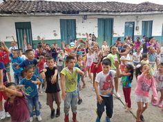 Secretaría de Deporte y Recreación llega a alegrar a los niños #Risaralda