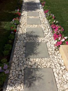 Stunning pathways for front yard landscaping ideas (12)