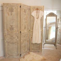 Furniture, : Killer Furniture For Bedroom And Living Room Decoration With 3 Panel Vintage Oak Wood Accordion Room Divider And Oak Wood Vintage Setting Mirror
