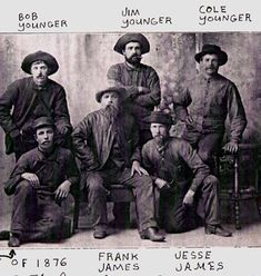 The Outlaw Jesse James Western Photo, Western Art, Western Signs, Wild West Outlaws, Famous Outlaws, Frank James, Old West Photos, Westerns, Wild West Cowboys