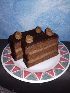 Schoko-Nougat-Schnitten Nutella, Spaghetti Eis Dessert, Nougat Torte, Sweet Recipes, Cake Recipes, Macaron, Cream Cake, Food And Drink, Baking