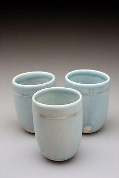Slipcast porcelain cups - Valerie Zimany