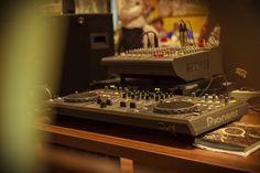 Аренда аппаратуры, Аренда музыкального оборудования, Аренда светового и звукового оборудования в Одессе:(DJ Диджей г. Одесса) Лучший - Ди-джей (DJ) - на Свадьбу, Корпоратив, Юбилей или Праздник в Одессе