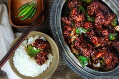 Hakka, Indian Chinese takeout dish, dry chilli chicken is made with crispy chicken chunks and lightly tossed in a spicy chilli sauce. Packed full of amazing flavours from both worlds.