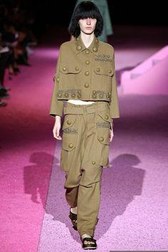 #Collection #MARC #JACOBS à la #Fashion #Week de #NEW #YORK sur le Blog ci-dessous: http://fashionblogofmedoki.blogspot.be