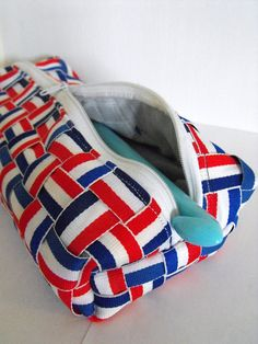 Ruby Murrays Musings: Recycled Crafts - Medal Ribbon Bag