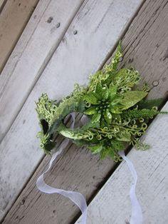 Elegant Spring Green Poison Ivy Masquerade Mask by AloraLocks