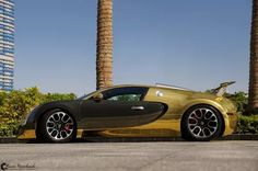 Black and Gold Bugatti Veyron