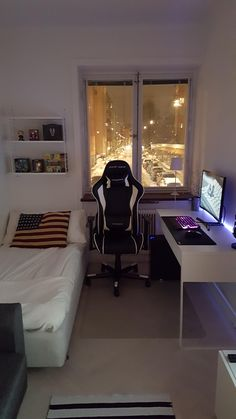 Bedroom setup ideas best way to set up a small bedroom best 25 gaming setup ideas on