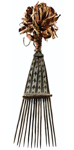 Solomon Islands ~ Makira | Comb adorned with mother of pearl inlay.  Worn by men to signify their rank | Collected in situ by Bishop John Coleridge Patterson, ca. 1862 | 20'000€ ~ sold (Sept '14)