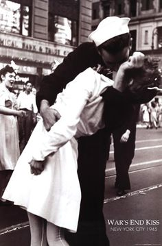 Lt. Victor Jorgensen - Kissing the War Goodbye, VJ Day, Times Square, August 14, 1945 - art prints and posters