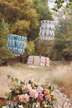 DIY: wallpaper lanterns