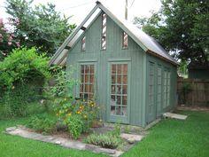 Bureau de jardin en bois