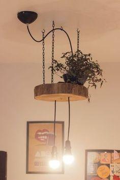 5 Luminárias DIY - Diy Wooden Projects, Wooden Diy, Rustic Wall Lighting, Luminaria Diy, Driftwood Chandelier, Decoration Evenementielle, Steampunk Furniture, Wood Lamps, Living Furniture