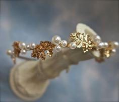 Wedding hair accessories Gold  Leaf by svitlanasbridalveils