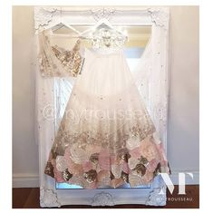 Bespoke Indian bridalwear, Indian and Asian wedding reception dresses and bridal lenghas for high-end brides. Indian Bridal Lehenga, Indian Bridal Wear, Indian Gowns, Indian Attire, Pakistani Dresses, Indian Wear, Lehenga Wedding, Asian Wedding Dress, Indian Wedding Outfits