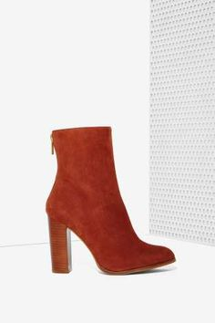Intentionally Blank Vetus Suede Boot