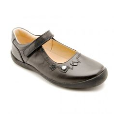 Bryony - Black Leather - these smart Start-rite girls school shoes have a flexible sole, bump toe to protect scuffing, and have an easy to use rip-tape fastening. Black School Shoes, Leather School Shoes, Girls School, Back To School, Childrens Shoes, Black Leather, Loafers, Flats, Stylish