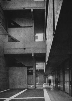 Jonas Salk Institute for Biological Studies, La Jolla, California, 1960s (Louis Kahn)
