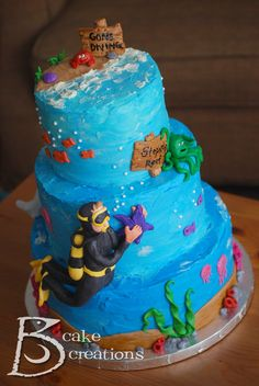 Scuba diving cake! I so want this for my next birthday! :)