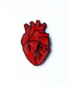 Картинки по запросу брошь сердце из бисера