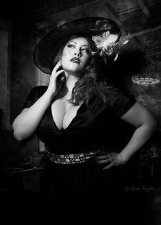 Image result for film noir femme fatale Wonder Woman, Superhero, Artwork, Photography, Image, Facebook, Women, Film Noir, Woman