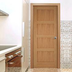 Contemporary 4 Panel Shaker Oak Door. #contermporaryoakshakerdoor #internaloakdoor #pmmendesdoor