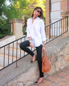 Black & White, Menbur fashion week. http://www.betrench.com/2014/11/black-white-menbur-fashion-week.html
