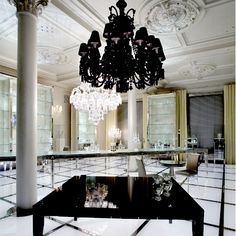 2008 the maison baccarat opens in moscow in a prestigious mansion on nikolskaya street a master replica of the parisian crystal palace the moscow maison baccarat zenith arm black crystal chandelier