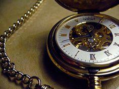 Belo Relógio Antigo de Bolso