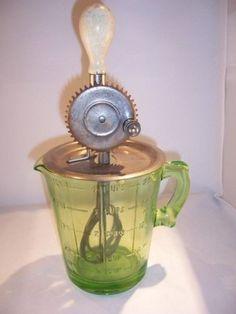 Vaseline Glass Measuring Cup Mixer Depression Vintage