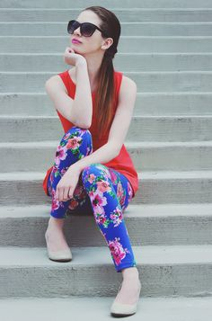 Bold and floral for spring. #blog #blogger #styleblog #clothes #fashion #style #peplum #peplumtop #floral #leggings #coral #violet #bold DarlingOnADollar.com