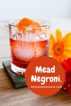 A must try for a Negroni lover! Some of the more mature and fruitier melomel-style meads lend themselves as a replacement for vermouth in a Negroni. As Kinsale Meads are off-dry, I decided to mix two different meads together to enhance the fruitiness. Kinsale Wild Red Mead is made with blackcurrants, cherries and forest honey. This one has been matured for 18 months to achieve an even richer flavour profile. Their Hazy Summer Mead is made using six types of ripe summer berries. Frozen Cocktails, Fun Cocktails, Smoothie Recipes, Smoothies, My Favorite Food, Favorite Recipes, Best Cocktail Recipes, Drinking Around The World, Gin Lovers