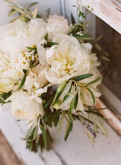 Wild white peonies | Photo by http://rayaphotography.com/ | Design and florals by http://toastsantabarbara.com/
