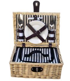 Baslow Fitted Picnic Basket - http://redhamper.co.uk/baslow-fitted-picnic-basket/  #fittedpicnicbaskets #shoppingbaskets