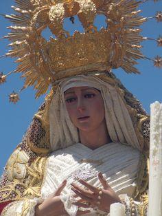 Fotografía de Marina Sánchez Castillo. Virgen de la Misericordia -Ciudad Real- Realizada con cámara
