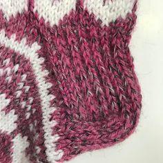 Rakkautta ja piikkilankaa -sukat Knitting, Fashion, Tejidos, Moda, Tricot, Fashion Styles, Breien, Stricken, Weaving