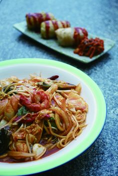 Korean fried noodles with seafood at N-zle Restaurant by Seoul Korea, via Flickr
