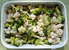 cauliflower & broccoli bake Snack Recipes, Healthy Recipes, Snacks, I Am Always Hungry, Broccoli Bake, What Can I Eat, Vegetable Seasoning, Fresh Fruit, Cauliflower