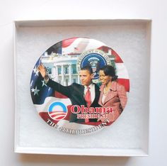 """President Obama & First lady Michelle Obama 2-1/2"""" Button /in See thru Gift Box"""