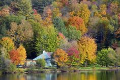 50 Small Towns Across America With the Most Beautiful Fall Foliage  - CountryLiving.com